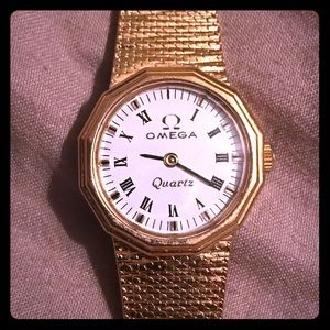 1980's Omega Women's Watch 18K gold